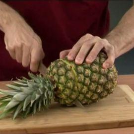 Как очистить ананас