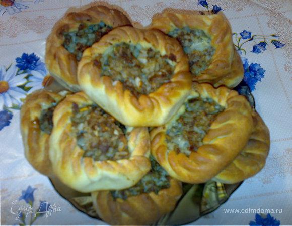 Открытые пирожки с мясом и рисом (Вак Бялеш)