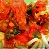Почти Италия(тефтели с сыром и шпинатом,в томатном соусе)