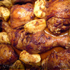 Курица под пряным маринадом, запеченная с яблоками