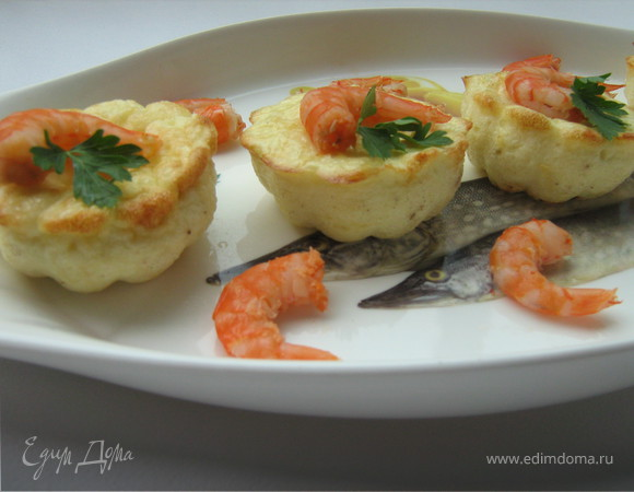 Мини-фритата с креветками и пармезаном