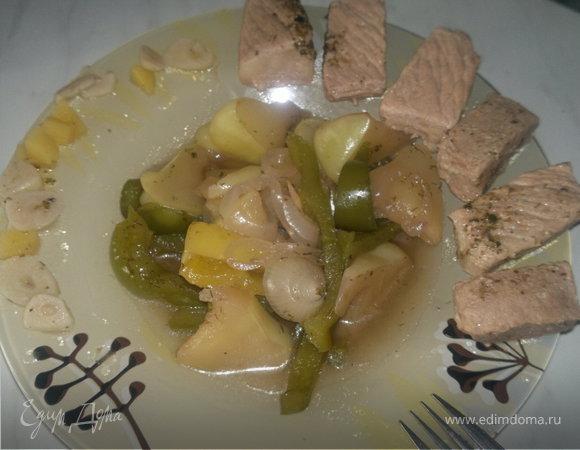 Овощи в русском стиле и чесночная свинина