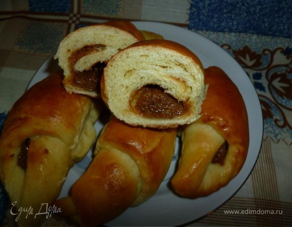 Круассанчики с орехово-ирисовой начинкой