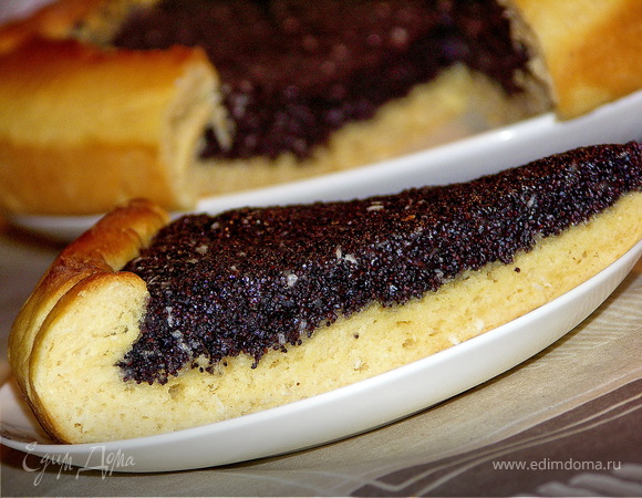 Пирог с маково-кокосовым кремом