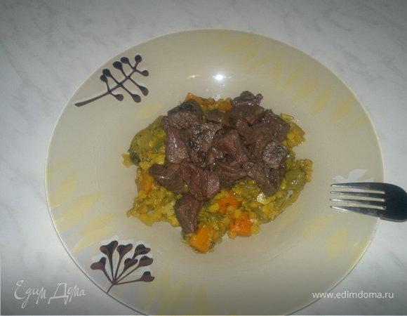 Чечевичная похлебка с тыквой, луком и куркумой и говядина в вине ( быстрый вариант )