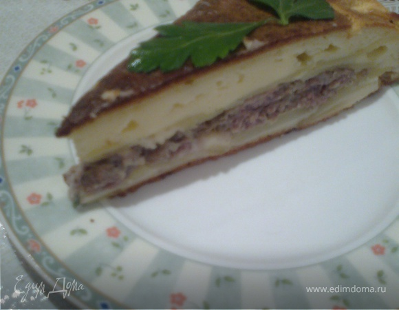 Пирог с фаршем и картофелем