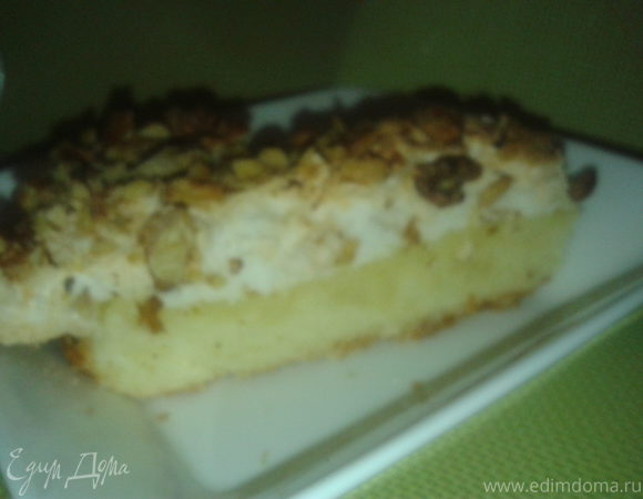 Сухой ореховый торт