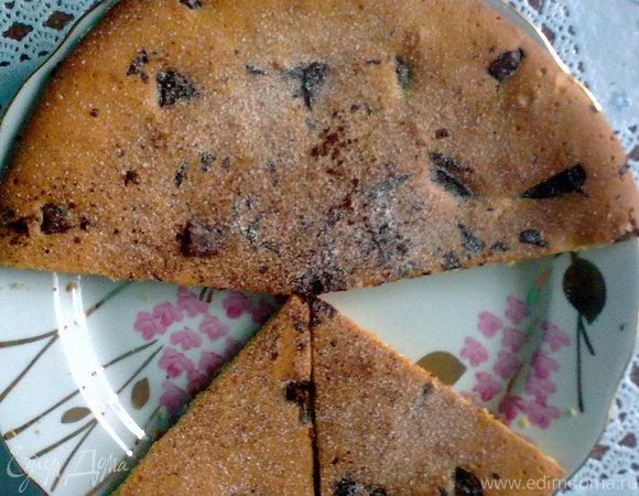 Пирог с корицей и шоколадом