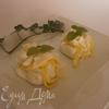 """""""Угощаем Водяную Змею"""": Мешочки из моцареллы с кремом из сыра бри, трюфельным медом и лепестками трюфеля"""