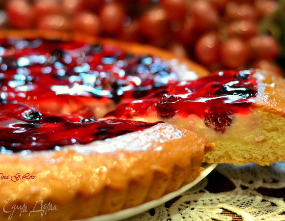 Бисквитная корзинка с кремом в ягодном желе (Нежнее нежного)