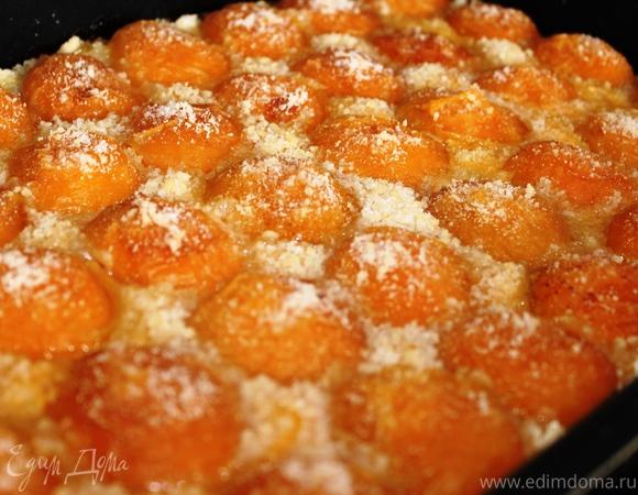 """Творожно-абрикосовый пирог (""""Юлия, с днем рождения!"""")"""