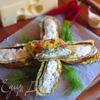 Рулетики из омлета с творожно-сырной начинкой