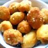 Сырные мини-пирожки с двумя начинками (экспресс-метод)