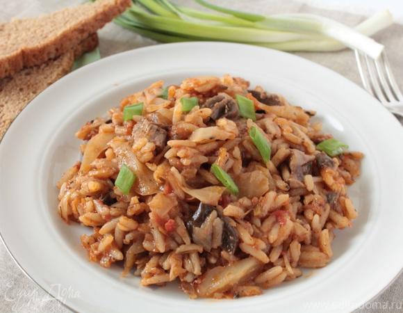 Рис с капустой и сушеными грибами