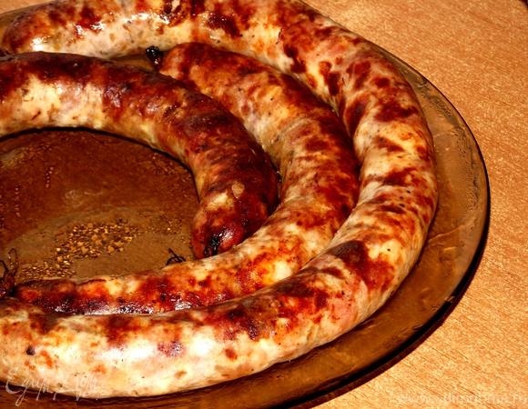 Домашняя свиная колбаска со специями