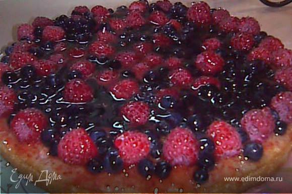 заливаем быстозастывающим желе для торта