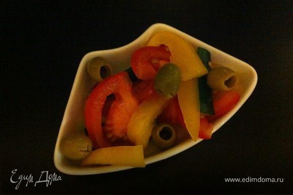 перед подачей сделайте легкий салатик