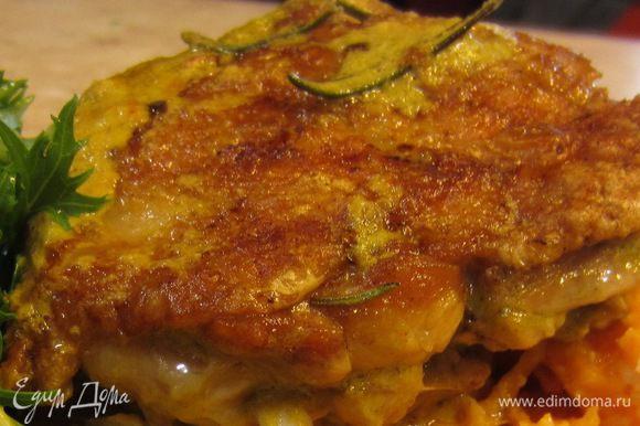 Эти бедрышки великолепно сочетаются с предыдущим блюдом - сладким картофелем с сыром Фета.