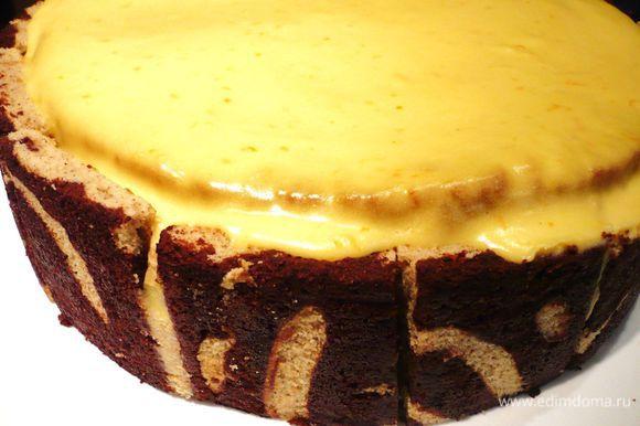 На следующее утро снимаем кольцо и украшаем наш торт, например, анисовыми звездочками и палочками корицы! Приятного вам чаепития!