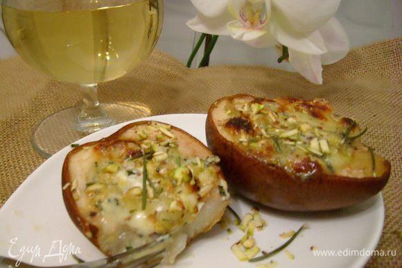 Подавать горячими с бокалом белого вина. Приятного аппетита))