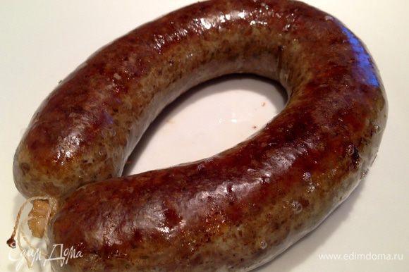 Перед подачей к столу, обжарить колбаску с двух сторон на растительном масле. Приятного аппетита!