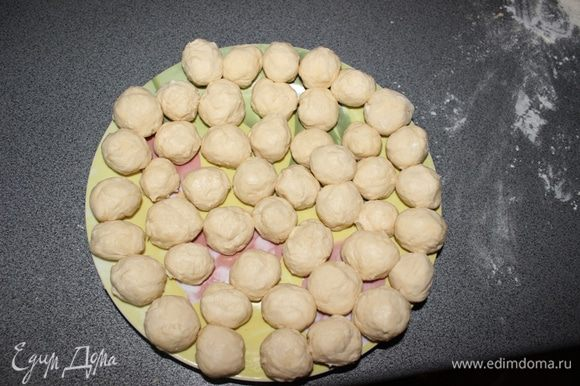 С нашей нормы получается примерно 40-50 шариков, которые мы отправляем на 1 час в морозилку
