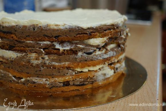 Готовый торт охлаждаем не менее 4х часов.