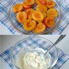 Абрикосы вымыть и отделить от косточек. Крем – чиз, плавленый сыр и 2 ст. л. сахара смешать в миске.