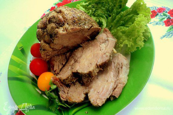Мясо вкусно и в горячем и в холодном виде. Приятного аппетита!
