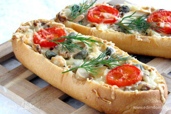 Багеты готовы! Очень вкусно! Похрустим?)))