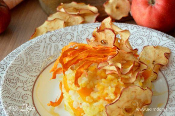 Кашу можно есть как с горшочка, так и выложить на тарелку.