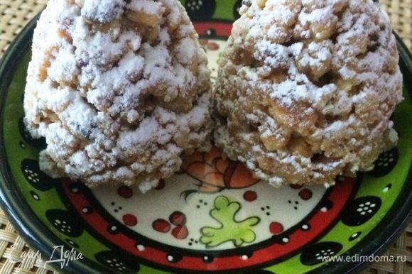 Новогодние шишки с грецким орехом.