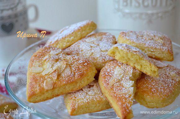 Готовое печенье остудить и присыпать сахарной пудрой! Приятного чаепития!