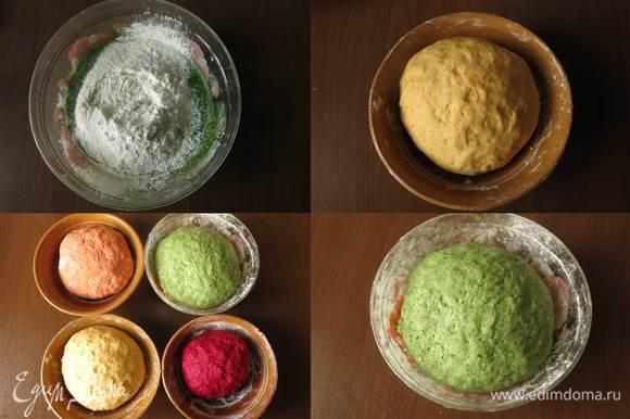 В каждую плошку добавляем муку, замешиваем, количество муки варьирует от количества жидкости, добавляем масло растительное и соль. Получается 4 вида теста. Даем тесту подойти 1 час.