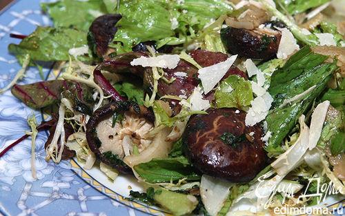 Рецепт Зеленый салат с лесными грибами