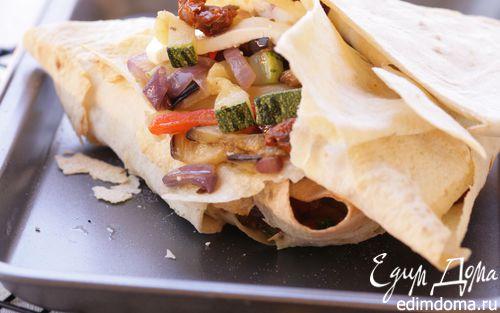 Рецепт Треугольники из лаваша с овощами и сыром фета