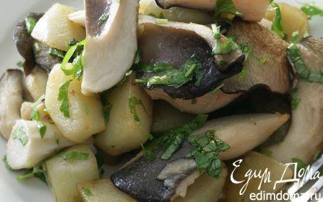 Рецепт Молодой картофель с грибами и сметаной
