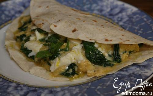 Рецепт Тортилья с яйцами, шпинатом и моцареллой