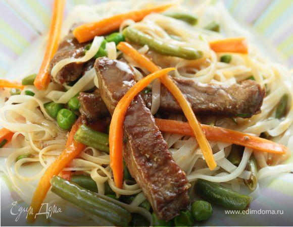 Мясо с овощами в воке