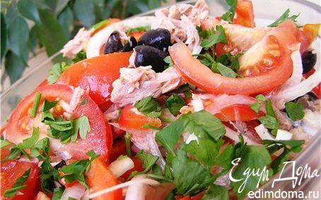 Рецепт Салат с перцами, помидорами и тунцом