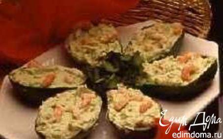 Рецепт Авокадо, фаршированное куриным филе