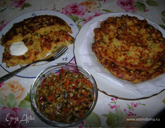Большие оладьи с капустой и сыром
