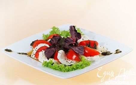 Рецепт Салат с моцареллой и помидорами черри