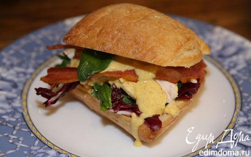Рецепт Сэндвич с курицей карри и радиккио и базиликом