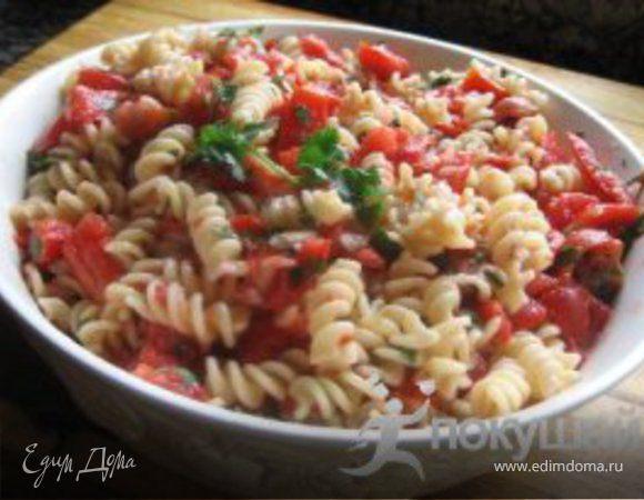 Паста с томатным соусом