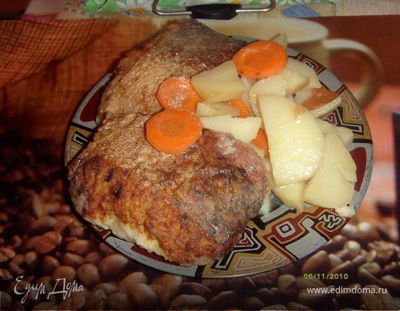 Щука фаршированная, рыбные котлеты тушенные с картофелем