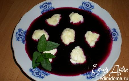 Рецепт Творожные ньокки в соусе из черной смородины