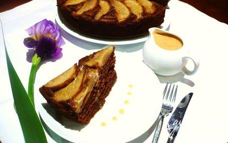 Рецепт Грушево-имбирный торт с карамельным соусом
