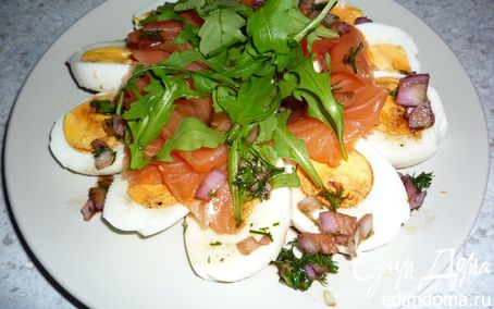 Рецепт Яичный салат с медово-укропным соусом