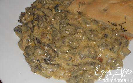 Рецепт Лесные грибы со сметаной и тимьяном